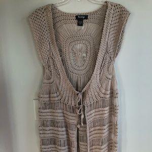 Women's knitted long vest